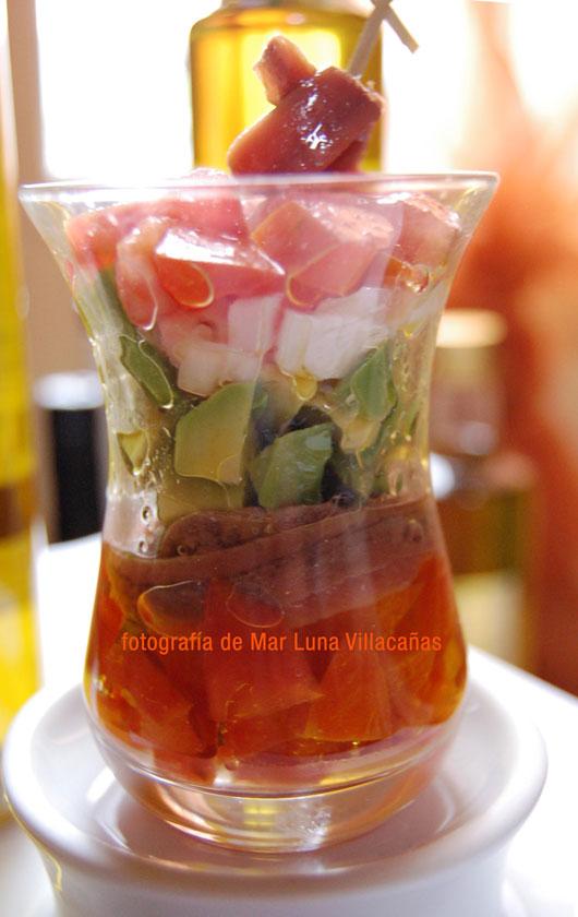 ensalada-de-aguacate-y-aceite-de-oliva-virgen-extra-picudo